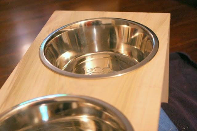 DIY Dog Dish Stand
