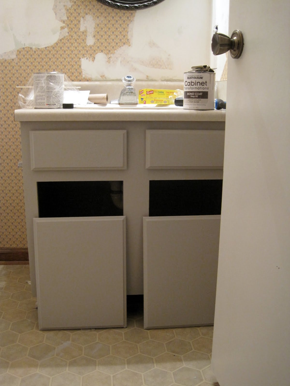Bathroom Changes with Rustoleum Cabinet Transformations