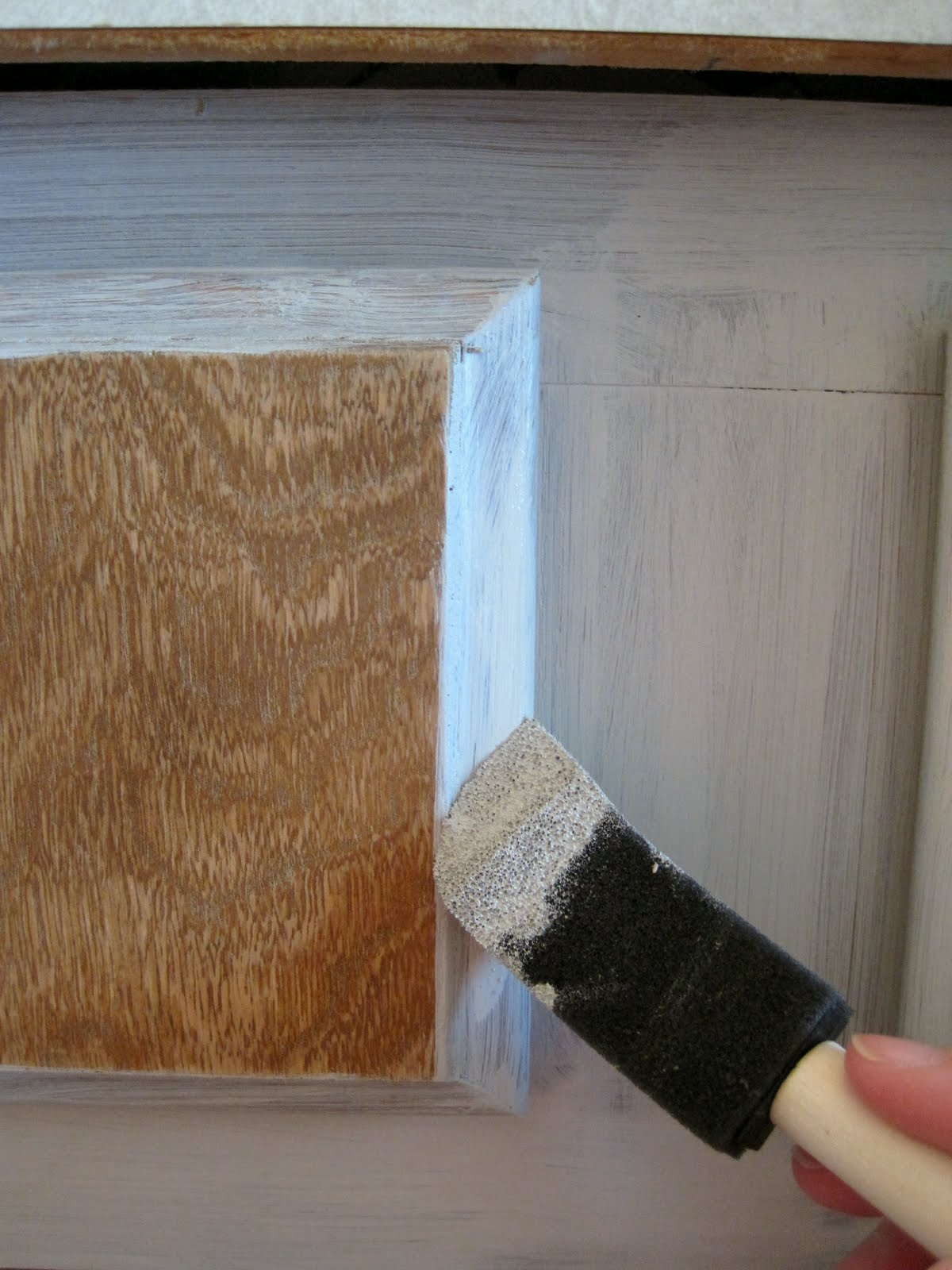 Another Tip Is To Begin On The Cabinet Face Before Beginning On The Drawer  Fronts. In Doing So, You Donu0027t Risk Screwing Up The Cabinet Front As It  Starts To ...