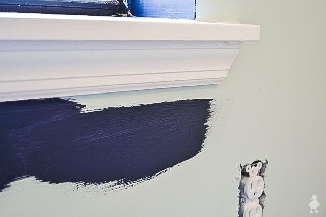 how to paint around windows