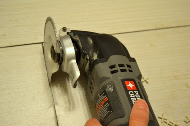 Fixing Tile Mistakes : How to fix tile mistakes after the adhesive has cured