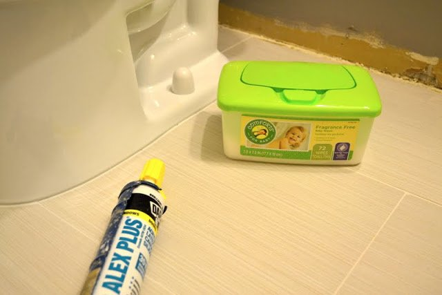 baby wipes caulk clean