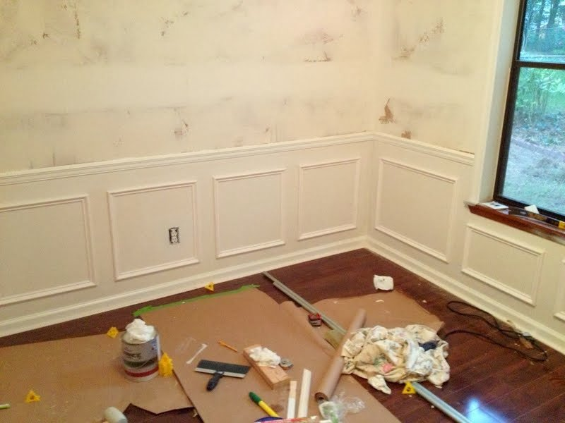 Picture Frame Molding Challenges: Outlets and Windows • Ugly ...