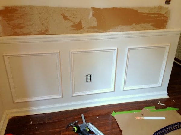 Picture Frame Moulding On Walls puttin' on the ritz (picture frame molding!) – the ugly duckling house