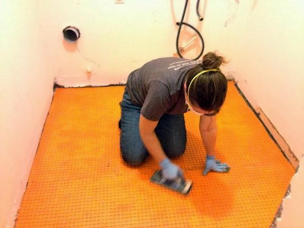 How to Tile Over Concrete
