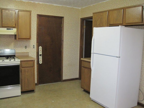 kitchen before right