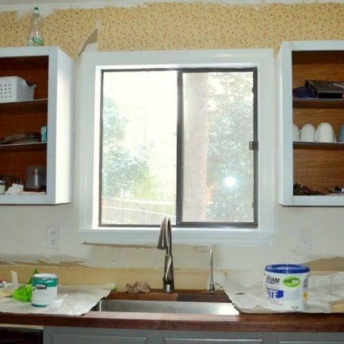 Dueling DIY: Window Molding Strategery