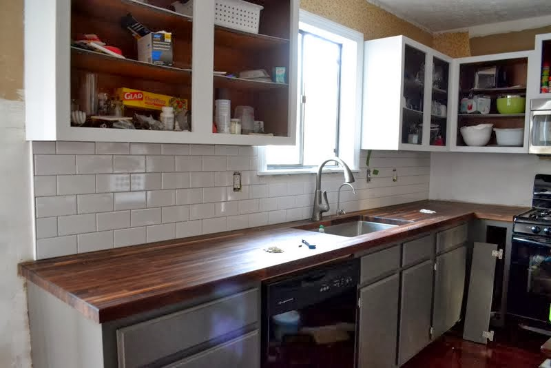 Sofa King Excited About My Kitchen Backsplash Tile • Ugly ...
