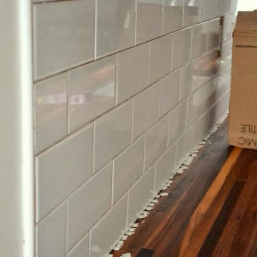 How to Add a Tile Backsplash in the Kitchen