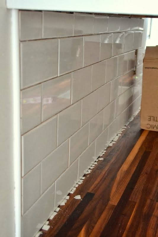Kitchen Backsplash Edge how to add a tile backsplash in the kitchen – the ugly duckling house