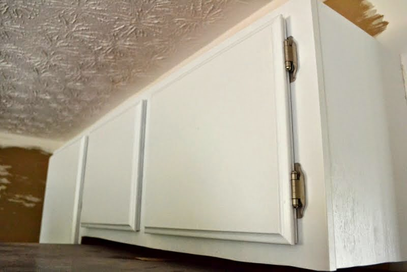 hang cabinet doors straight