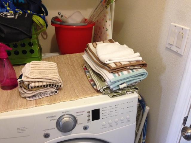 folding-laundry