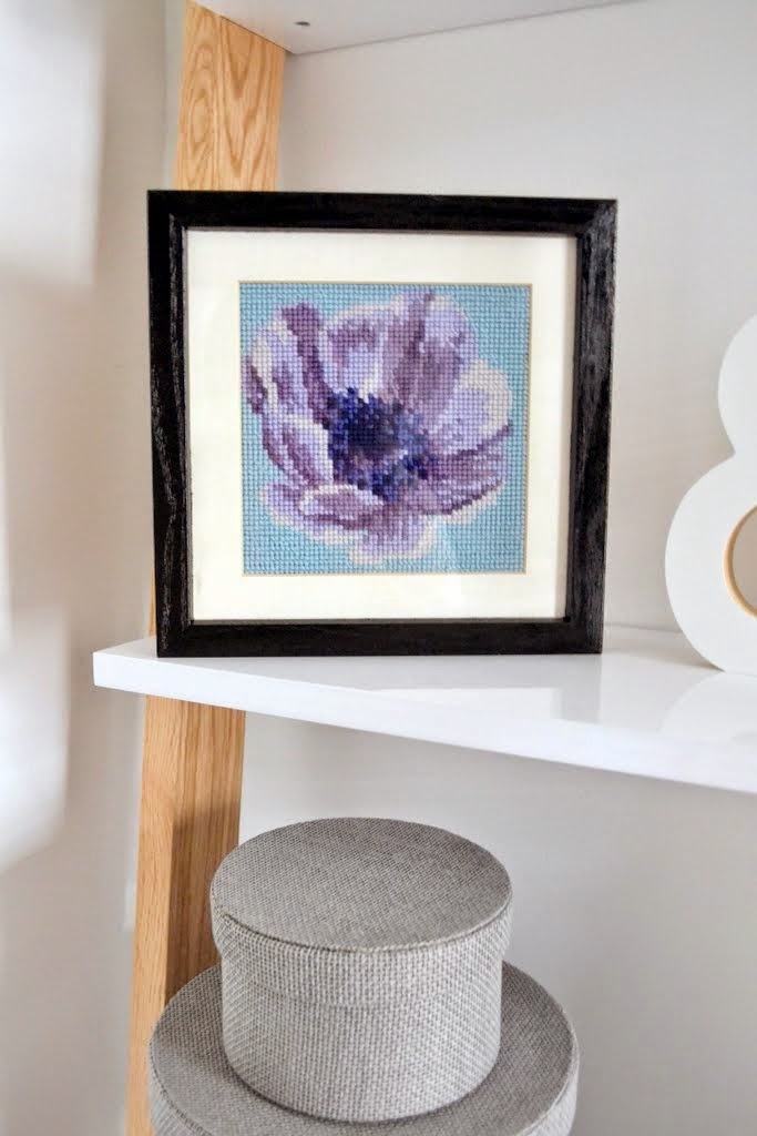 needlepoint flower