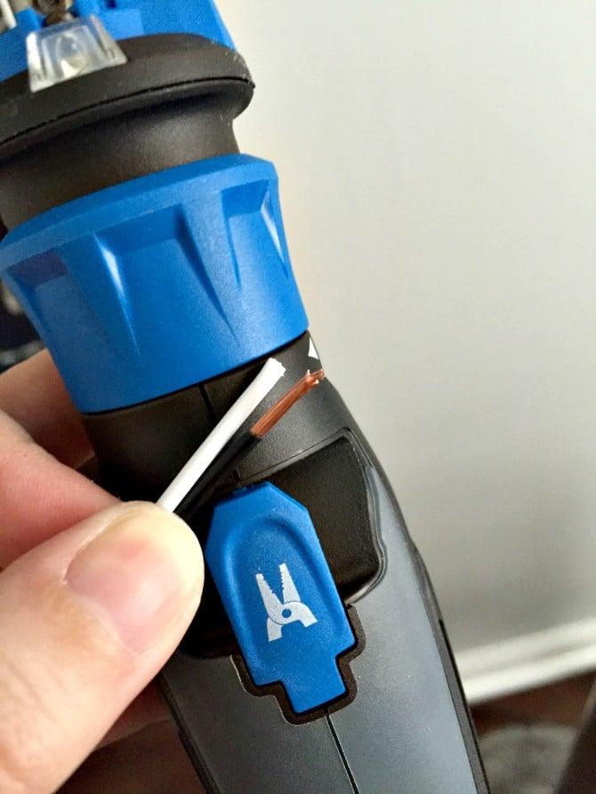 strip wire feature hammerhead screwdriver