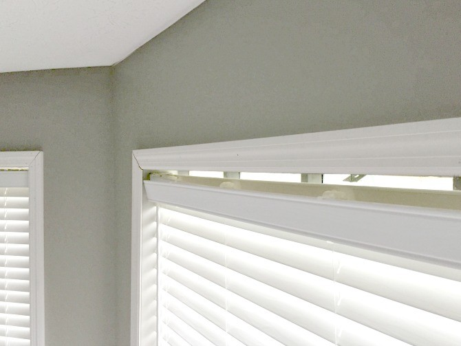 fix upper area of blinds