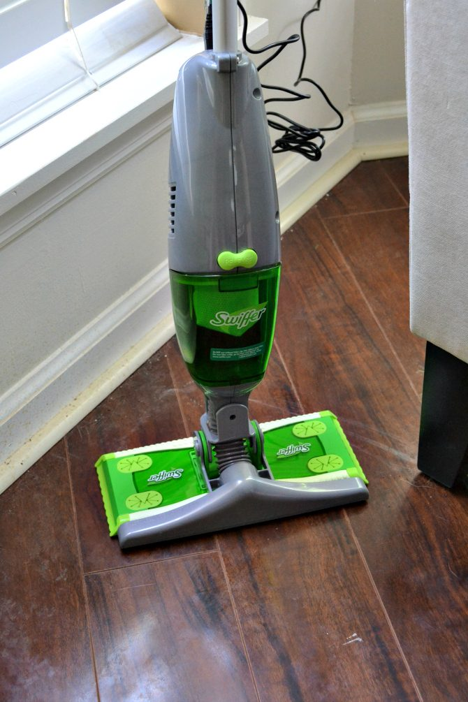 Swiffer sweeper vac