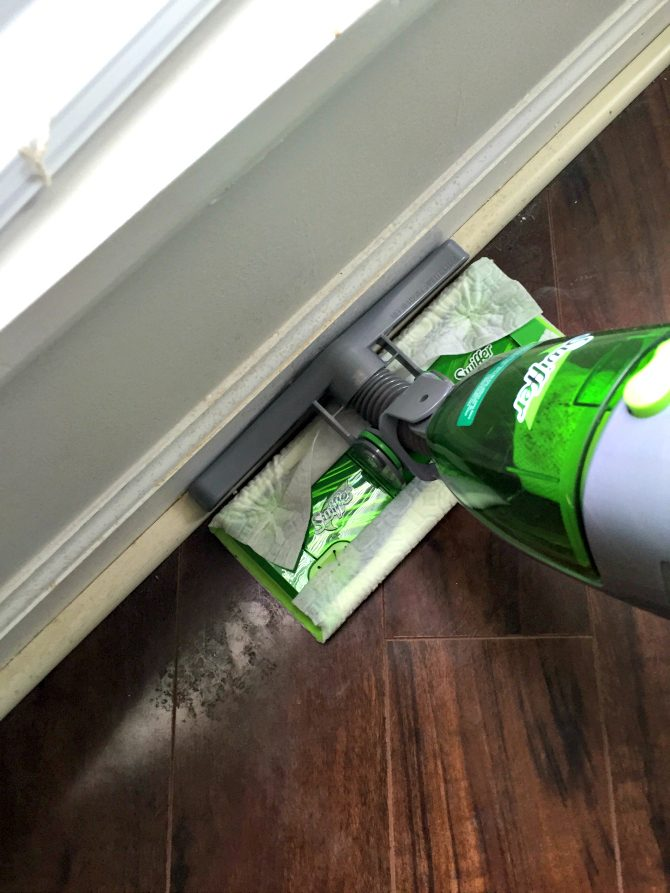 Swiffer sweeper vac features