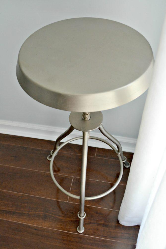 6-newish-bar-stools