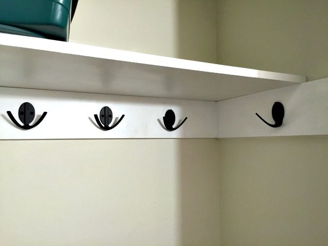 closet-shelf-with-new-hardware