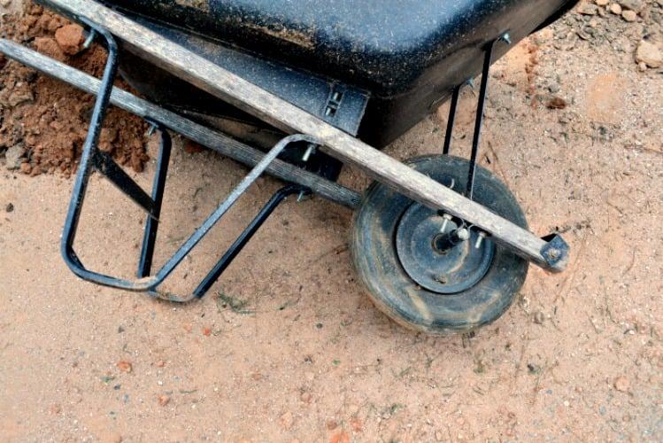 How to Replace a Wheelbarrow Flat Tire