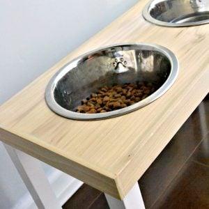 15-dog-feeder-side-view
