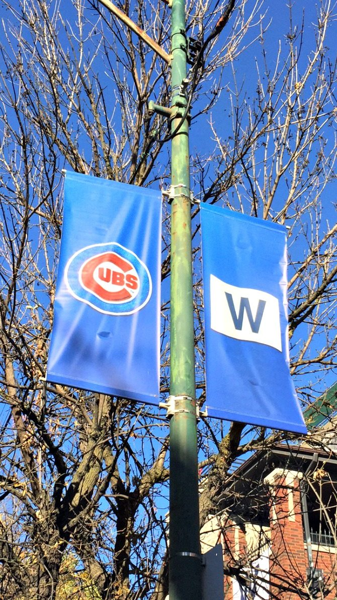 chicago-cubs-w