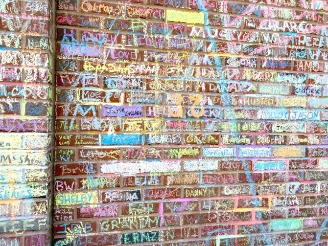 chicago-wrigley-field-chalk-names