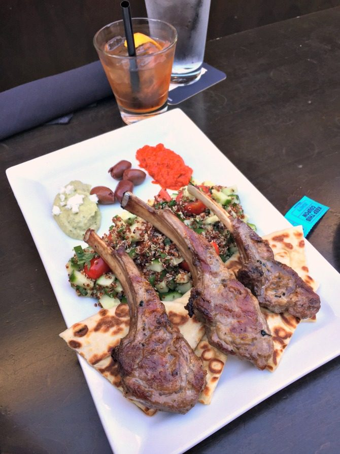 benchmark-chicago-lambchops-and-drinks
