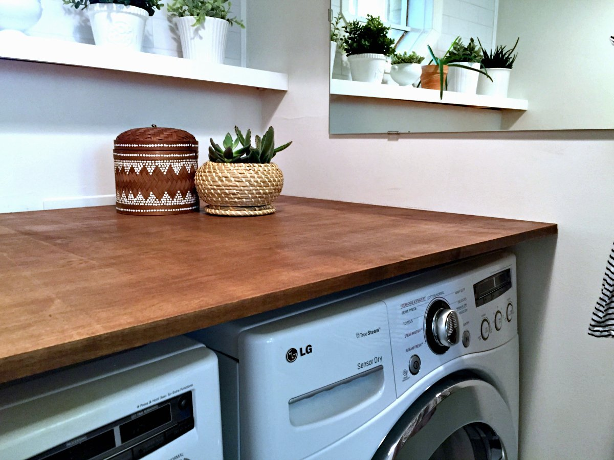 A Modern and Plant-Filled Laundry Room Makeover