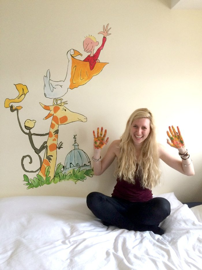 Custom wall murals for a childs bedroom