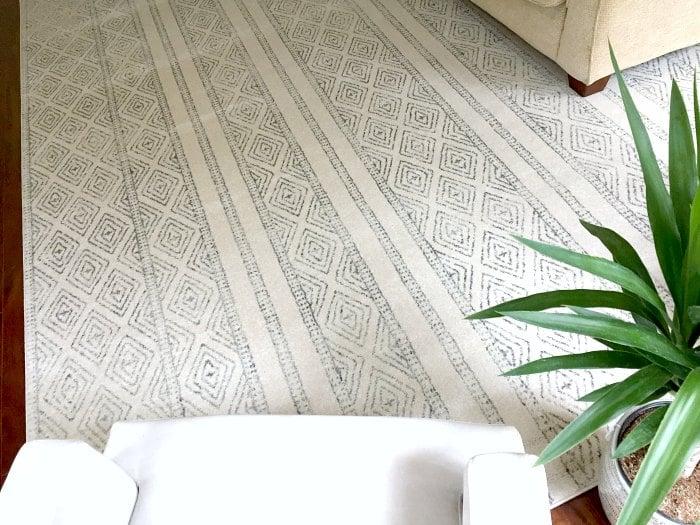 large block print rug - living room