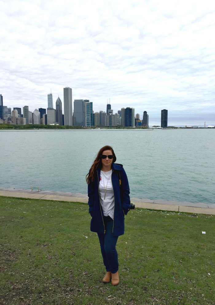 Sarah Fogle - Chicago skyline