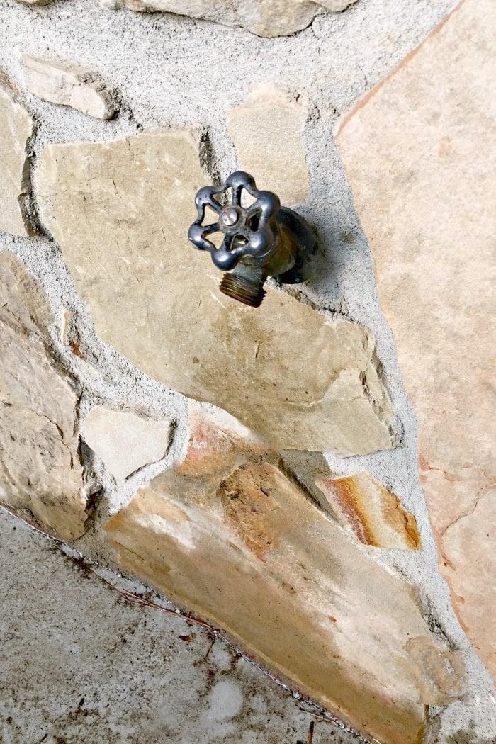 leaky outdoor faucet repair