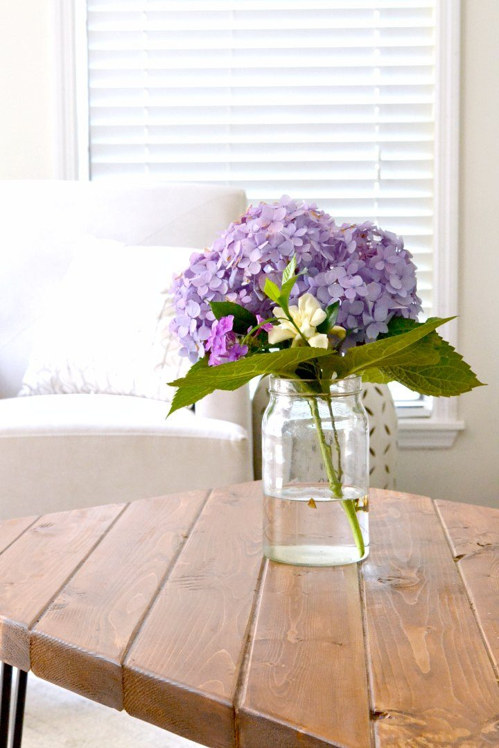 hydrangea bouquet in living room
