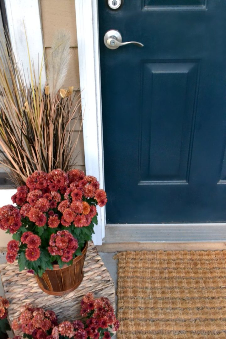 entryway front flowers and fall tour