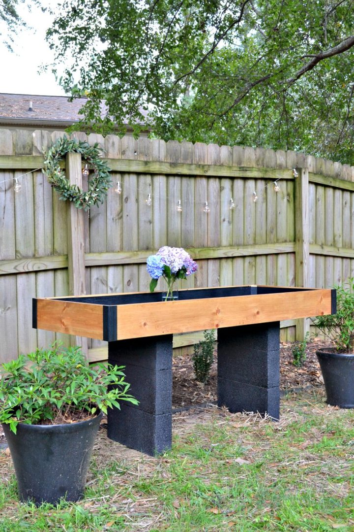 DIY outdoor drink station - made with Krazy Glue