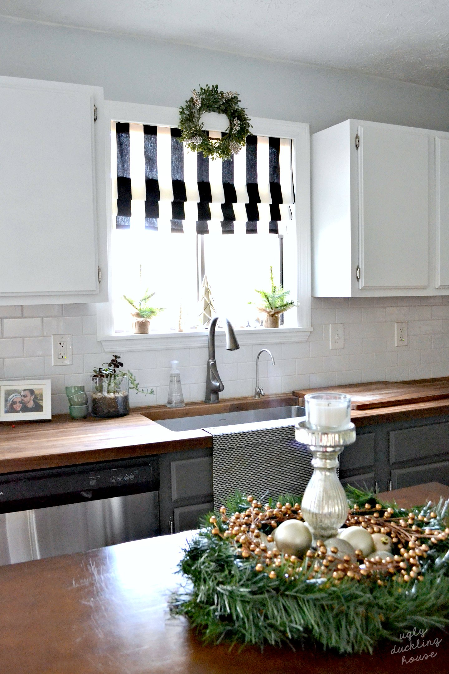 woodland neutral christmas kitchen