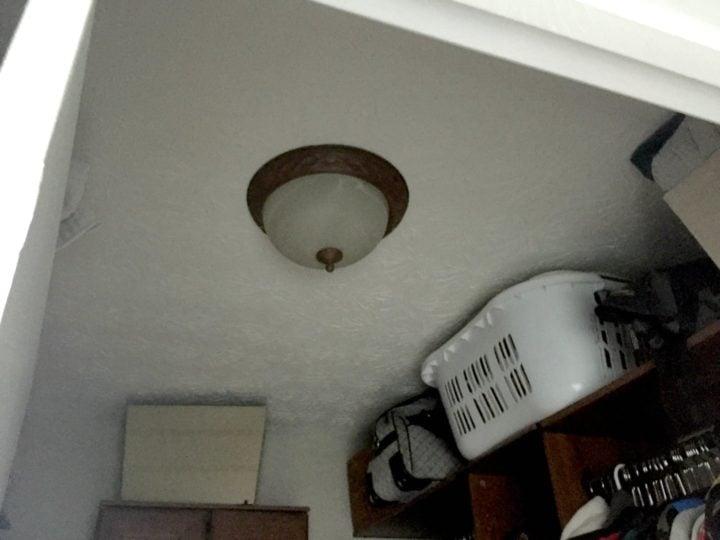 closet boob light