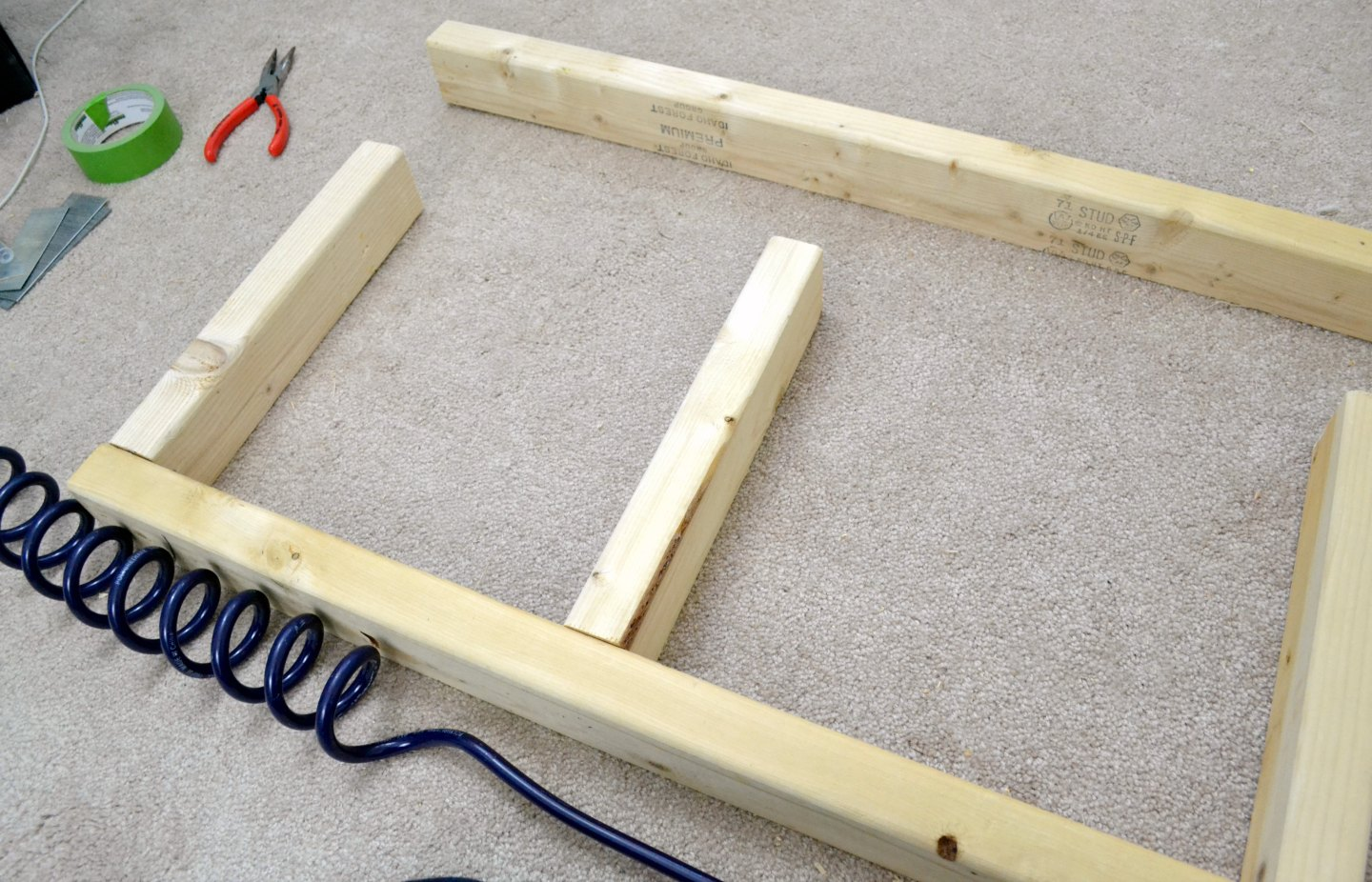making platforms out of scrap 2x4