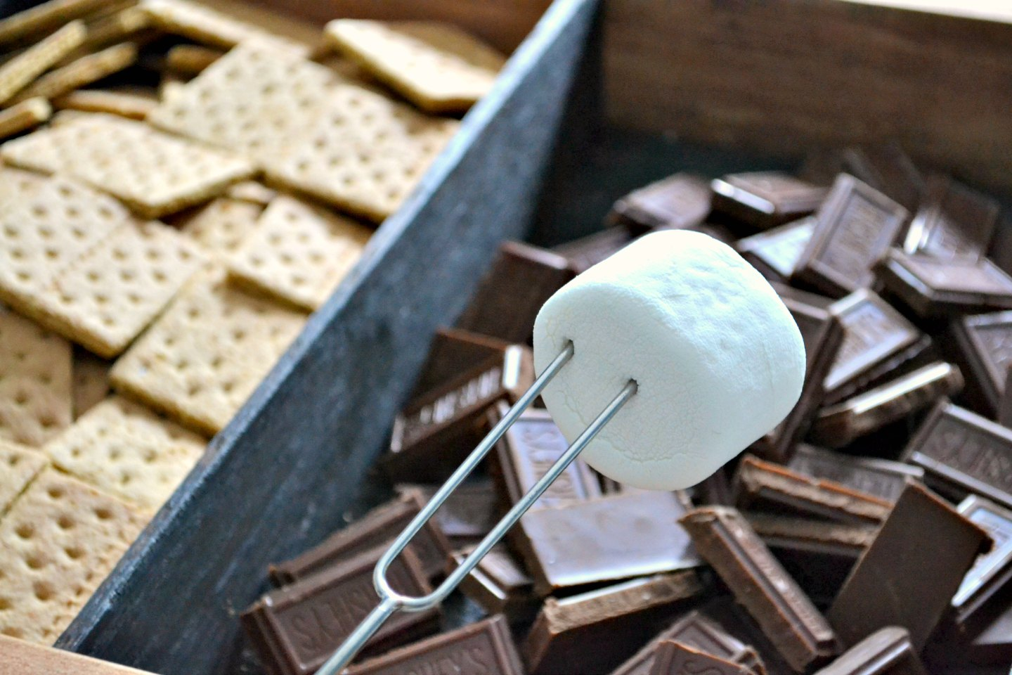 make smores in a charred wood tray