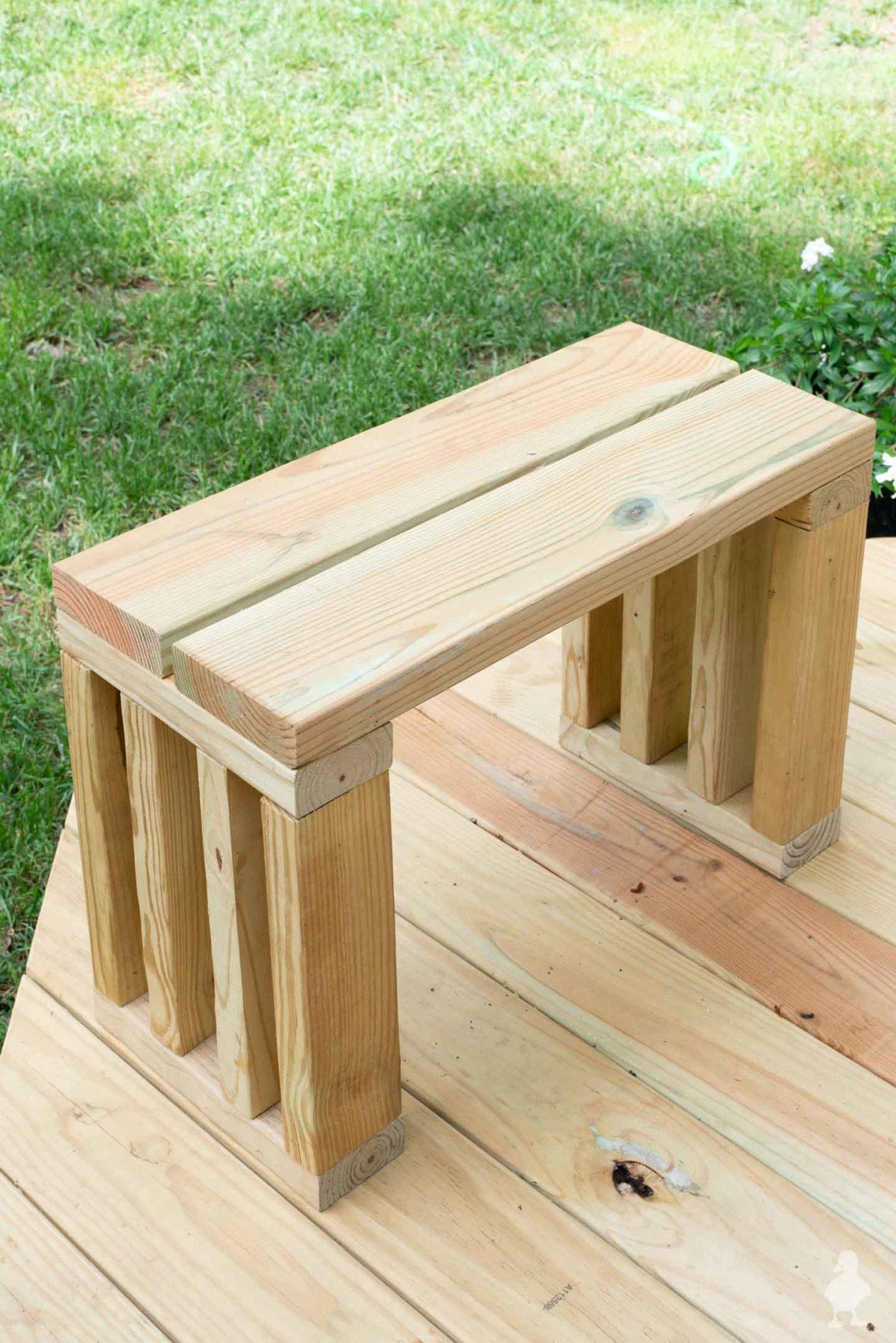 diy scrap wood outdoor bench seat - garden bench plans - 2x4s and deck boards