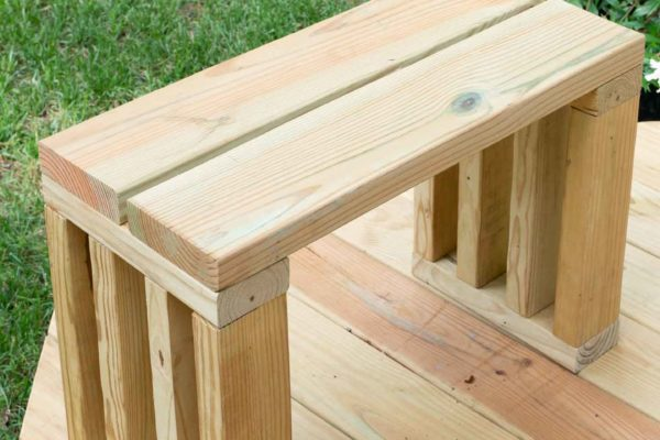 diy scrap wood outdoor bench seat - garden bench plans - 2x4s and deck boards