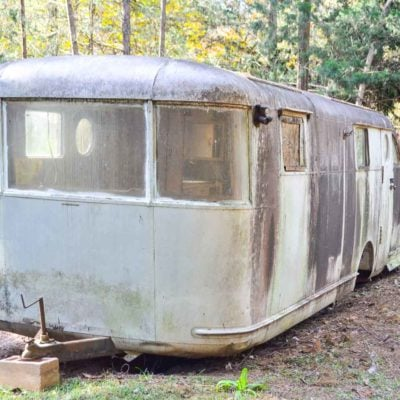 front of 1946 spartan manor travel trailer before wash
