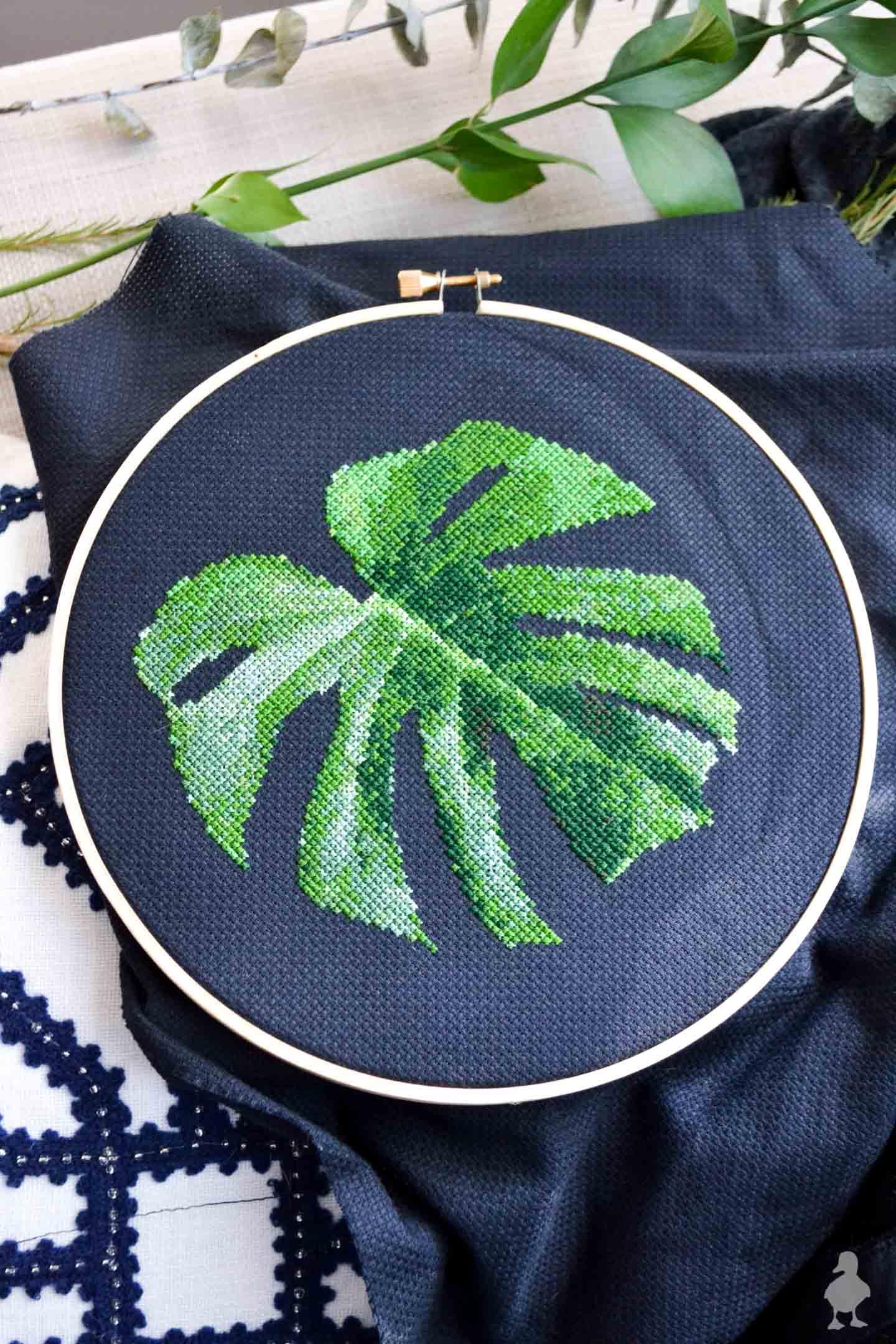 Monstera Leaf | Free Cross Stich Pattern