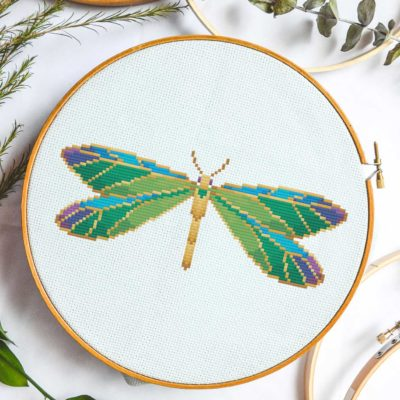 jeweled-dragonfly-cross-stitch-free-pattern