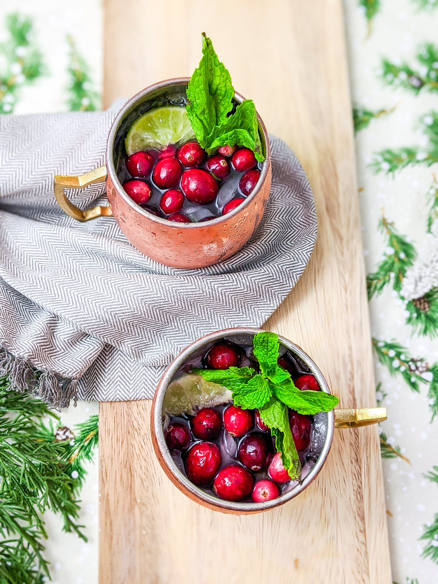 sparkling cranberry mule with spiced simple syrup