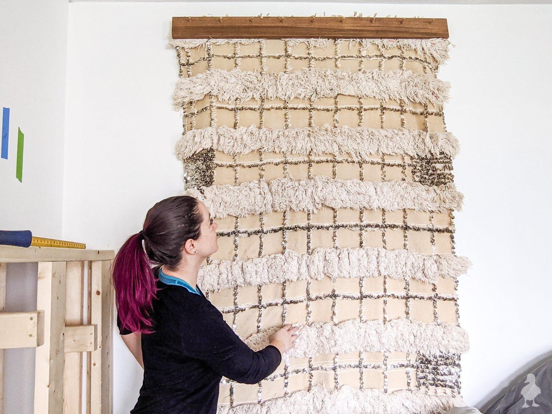 diy compression quilt hanger