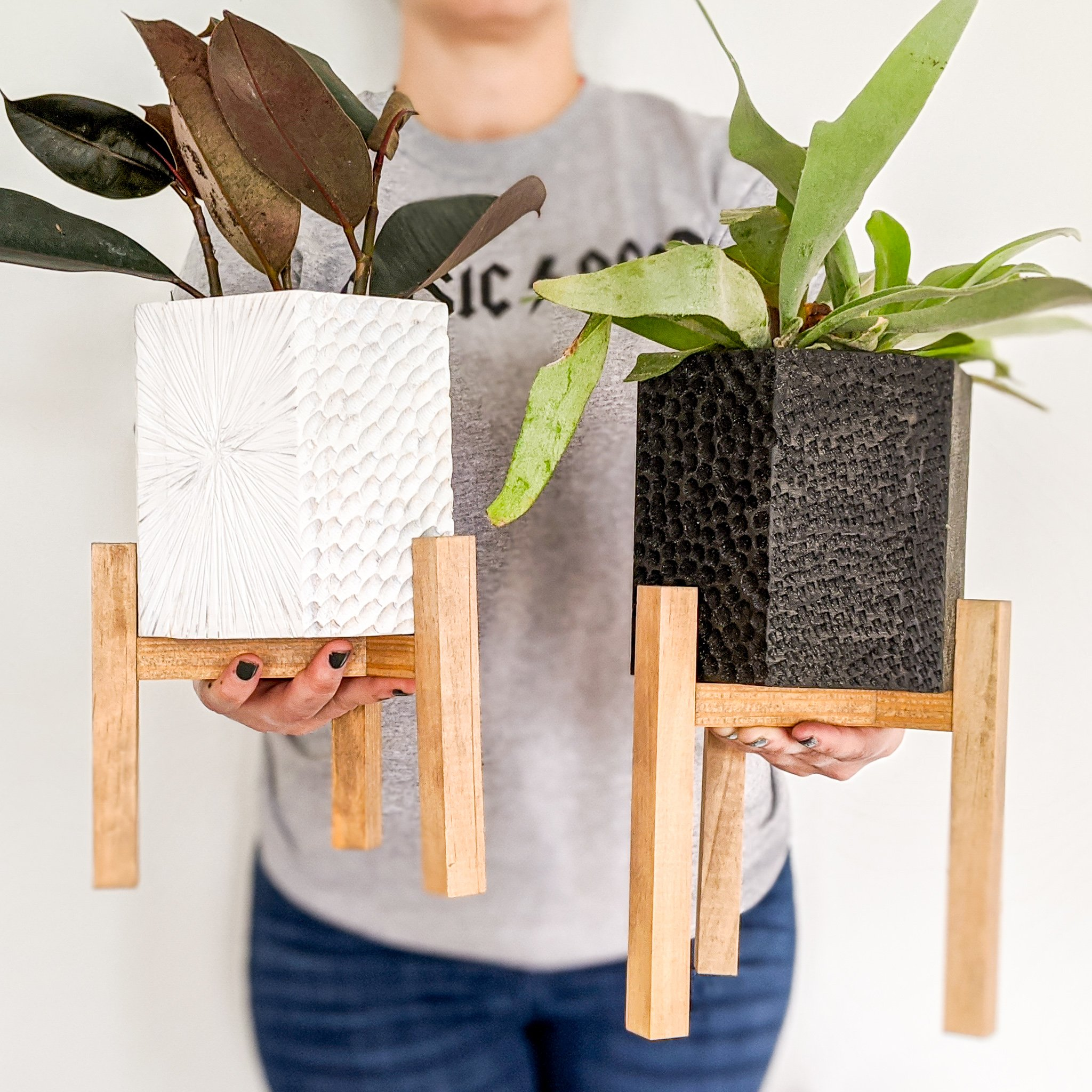 DIY Carved Hexagon Planter with Plant Stand