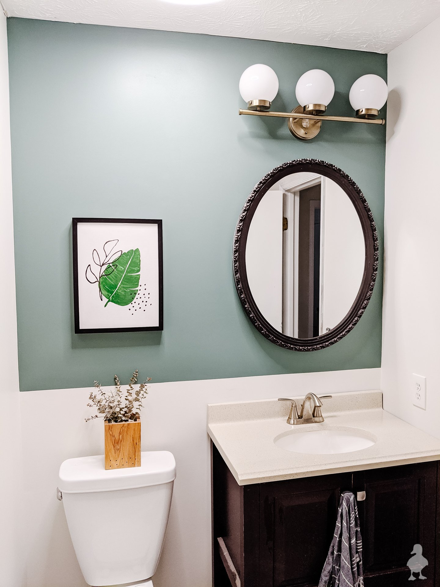A Quick Refresh for the Guest Bath!