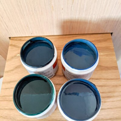 test pots of paint samples for picking the right color
